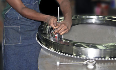 Kaydon bearing remanufacturing program: final inspection